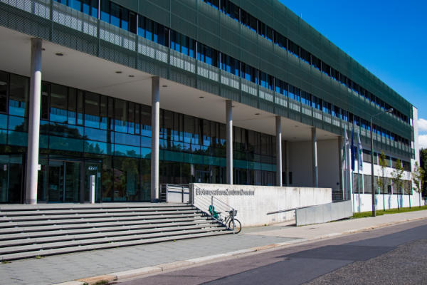 Photo of the Biotechnology Center of the TU Dresden (BIOTEC)