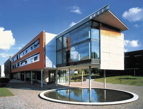 Photo of Max Planck Institute for the Physics of Complex Systems (MPI-PKS)